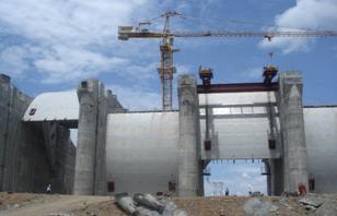 【写真2】AGRIMECO社が建設中の水力発電所水門